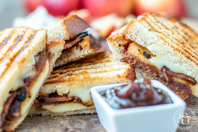 grilled cheese with apples, bacon, and brie