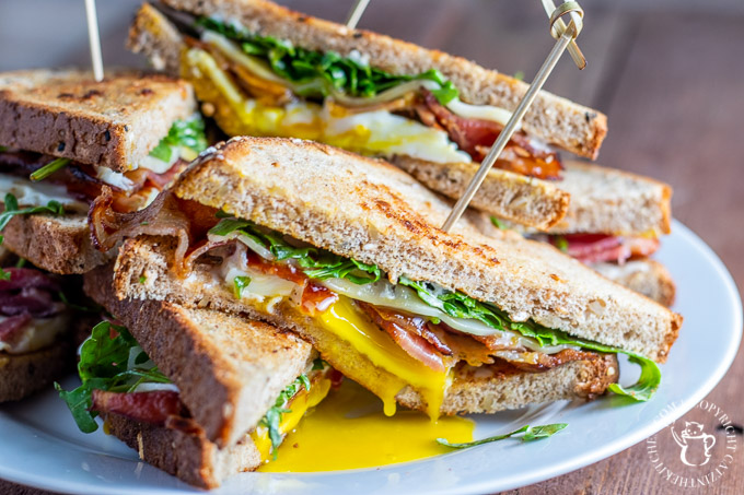 arugula fried egg sandwich