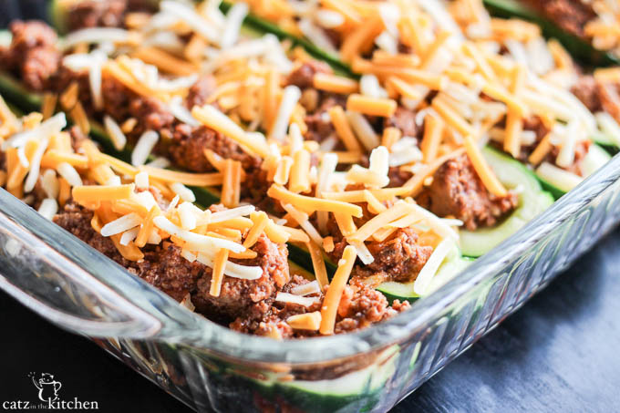 Taco Stuffed Zucchini Boats | Catz in the Kitchen | catzinthekitchen.com #zucchini