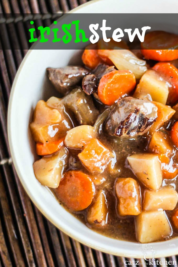 Slow Cooker Irish Stew | Catz in the Kitchen | catzinthekitchen.com #SlowCooker