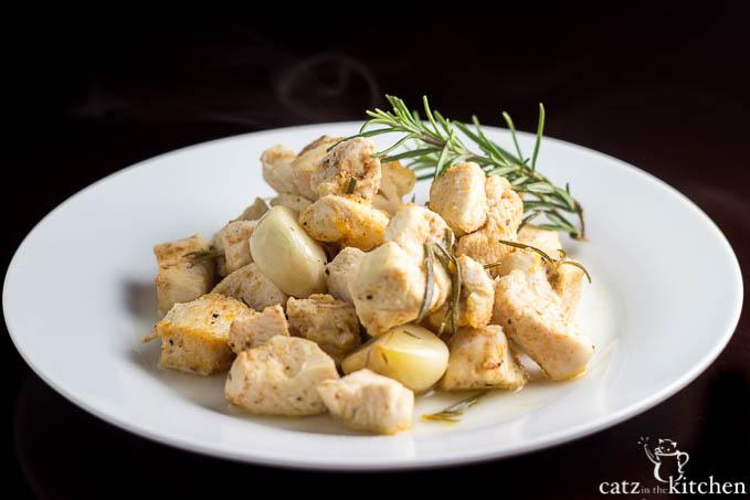 Roasted Garlic Chicken   Catz in the Kitchen   catzinthekitchen.com #Garlic
