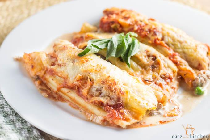 Sausage & Pea Manicotti   Catz in the Kitchen   catzinthekitchen.com #pasta