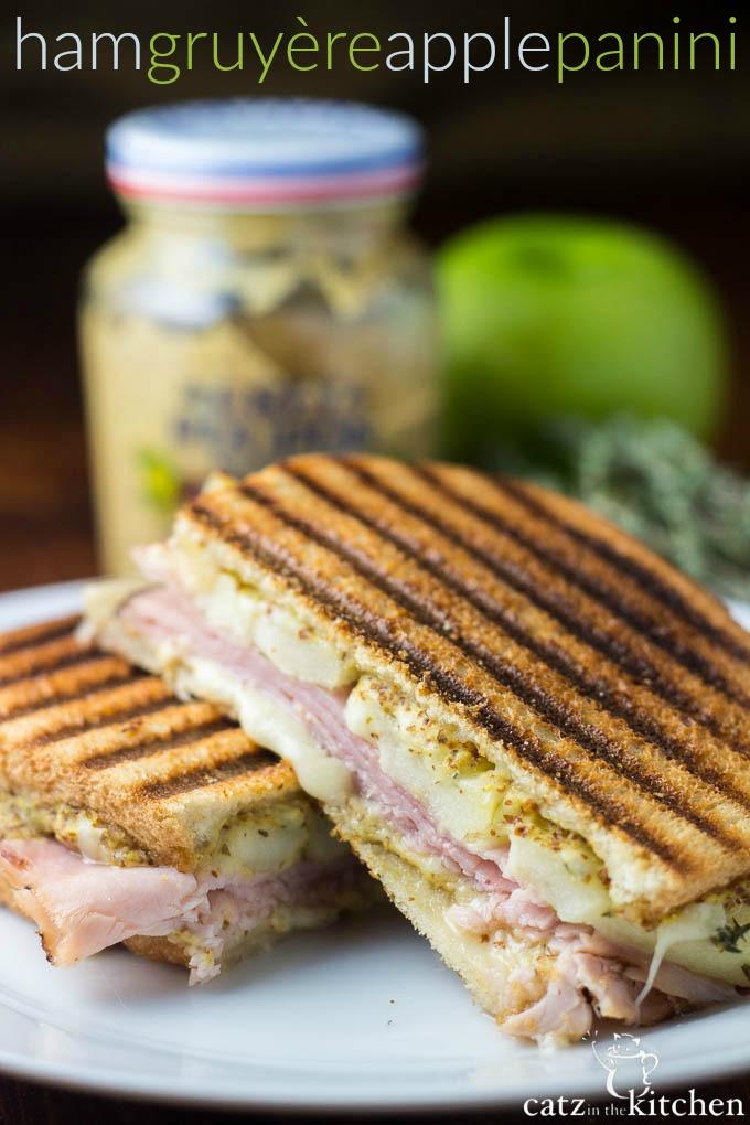 Ham, Gruyère, & Apple Panini   Catz in the Kitchen   catzinthekitchen.com   #sandwich #panini #Gruyère