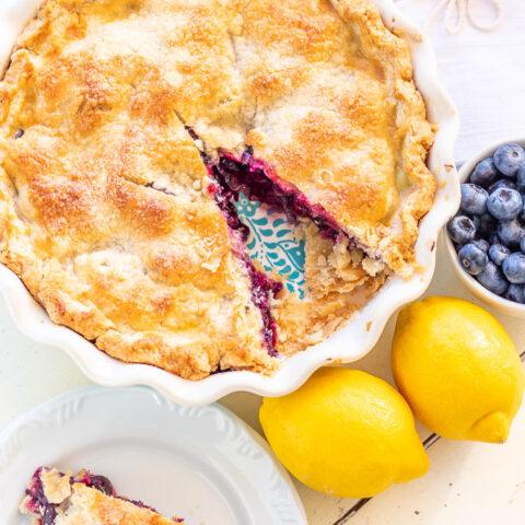 farmhouse blueberry pie